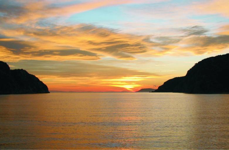 Διακοπές με σκάφος, ιστιοπλοϊκό στη Χαλκιδική  – 4 ημέρες – 2017